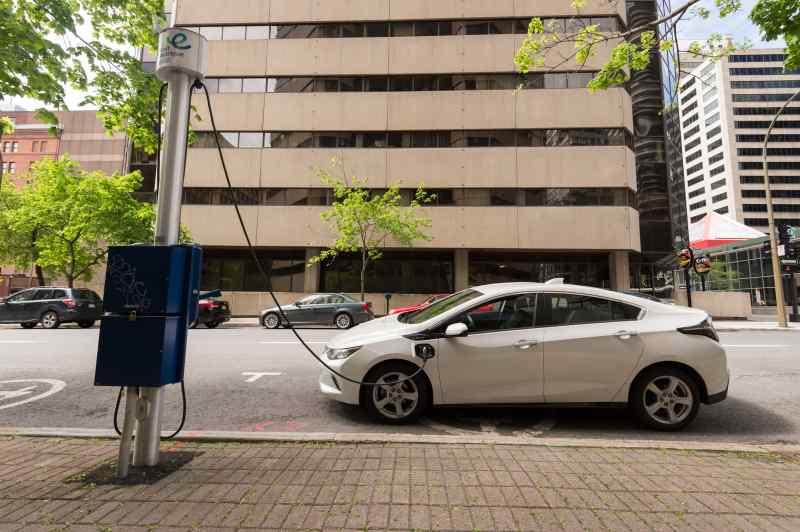 canada-electric-car-incentive